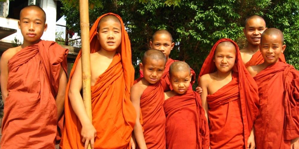 novice monks in kyaukme